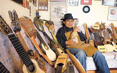 Adrian Villanueva <br>BOLIVIA
