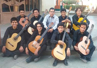 Orquesta de Guitarras de la UMSS <br> COCHABAMBA-BOLIVIA